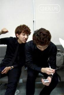 cnblue in waiting room12