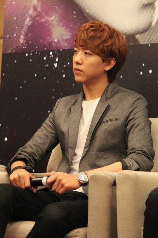 cnbluemoon sg presscon139