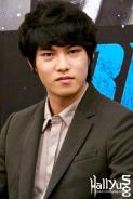 cnbluemoon sg presscon57