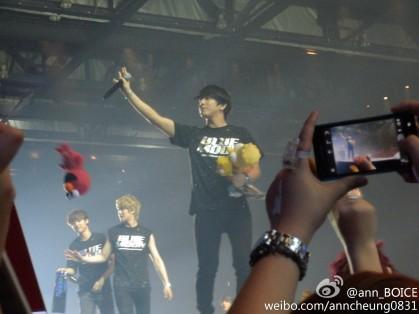 bm hk stage fantaken29