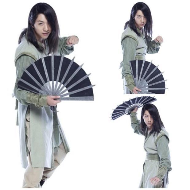 CN Blue′s Lee Jung Shin Glares in Stills for ′Blade andPetal′